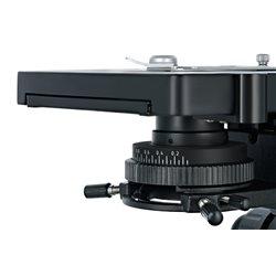 Microscopio trinoculare Levenhuk MED 40T
