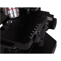Microscopio trinoculare biologico Levenhuk 870T
